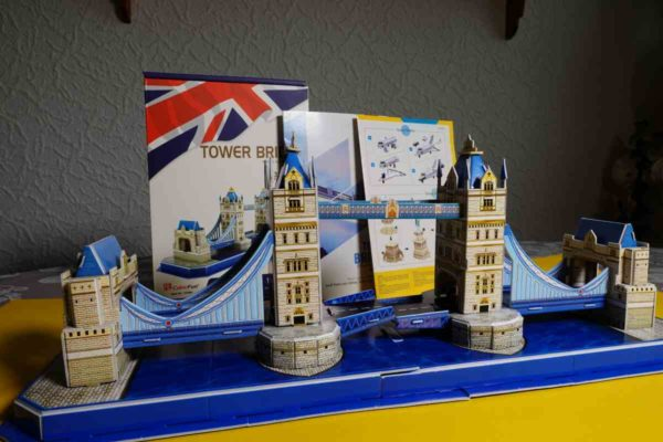 fertige 3D Puzzle Tower Bridge von CubicFun